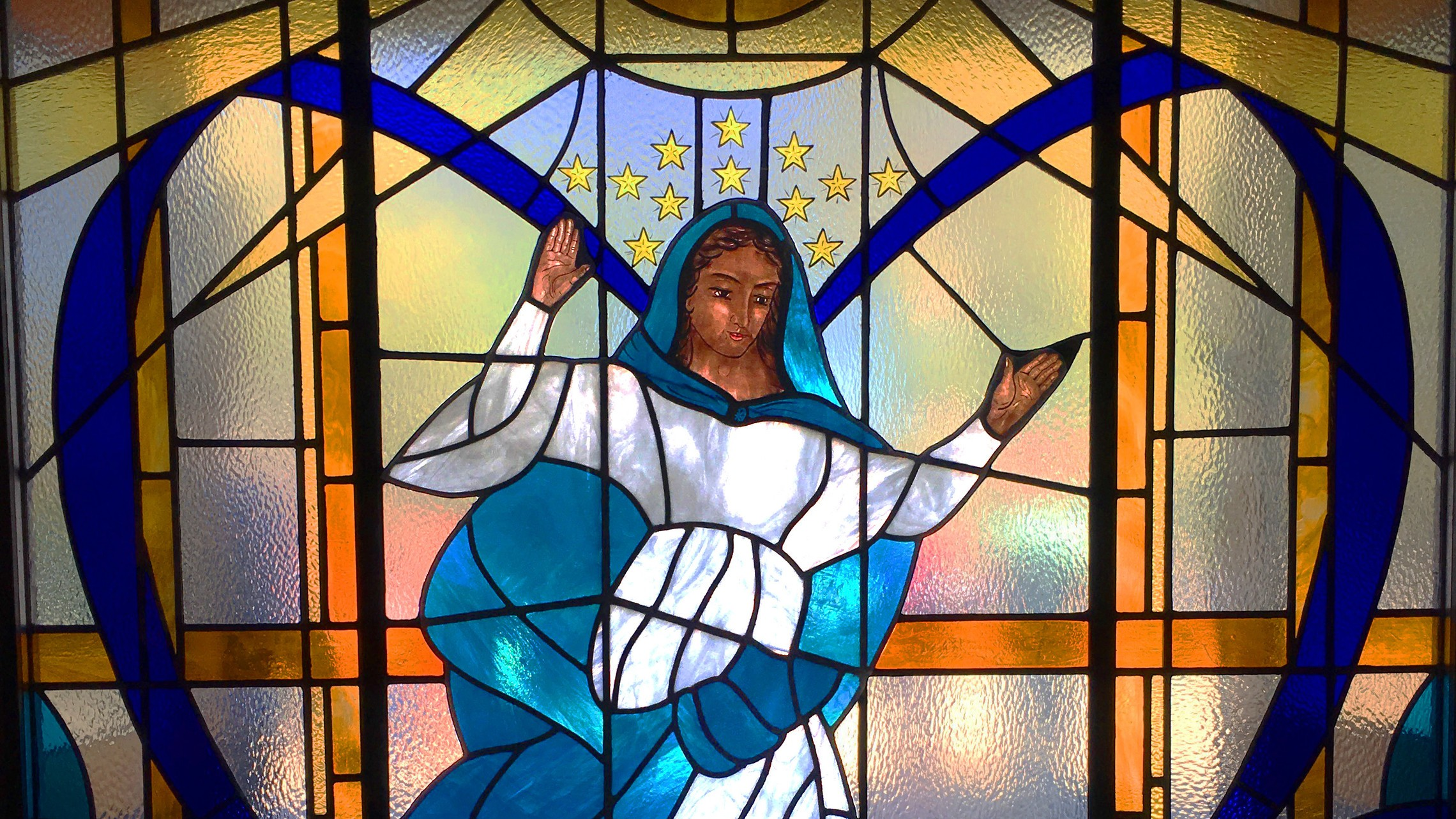 Marywindow2